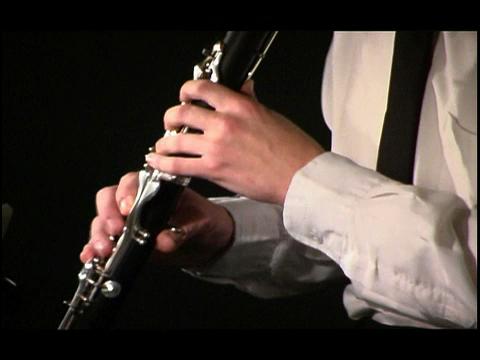 manos_clarinete.jpg