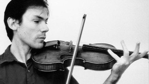 "Garth Knox Premieres ""Catalyst"" for viola solo by Edgar Barroso"